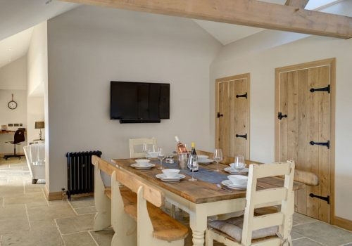 dining table dovecote